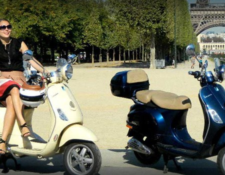 paris autrement en vespa