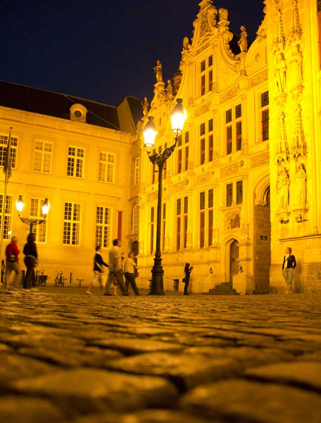 Photos-de-Bruges-Les-places